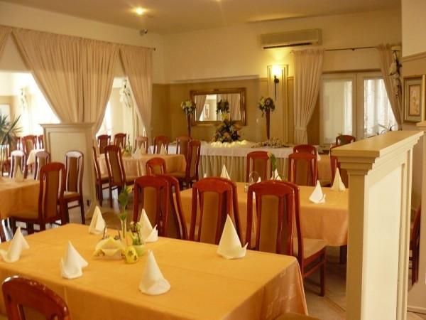 Kry-stan Olsztyn restauracja